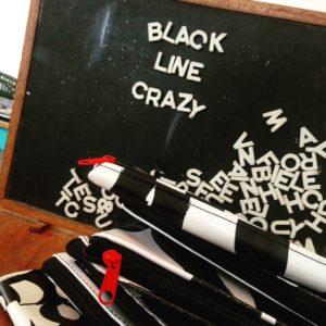(prop) Black Line Crazy Pop Up